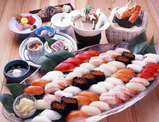 ресторан роллов в японии выдача