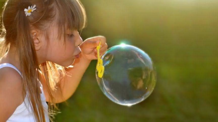 Как сделать большие и прочные мыльные пузыри 28